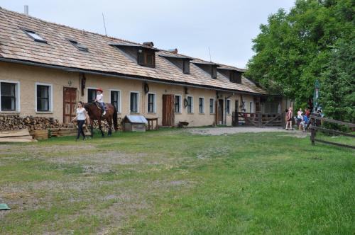 Budova, v ktorej sa dom na vidieku nachádza