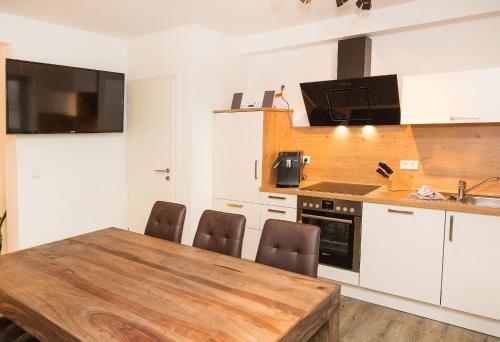 Küche/Küchenzeile in der Unterkunft Apartment Yachthafen Waren
