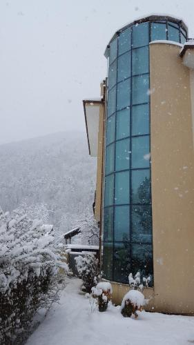 Hotel Zornitsa през зимата