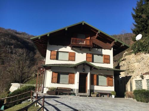 Villa Ballabio durante l'inverno