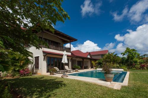The swimming pool at or near Tres Belle Villa Seychelles