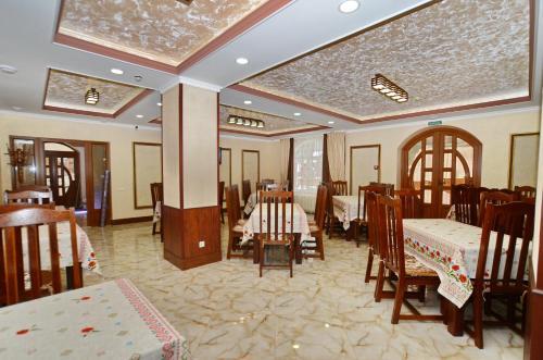 Ресторан / где поесть в Apart-hotel ORLAN