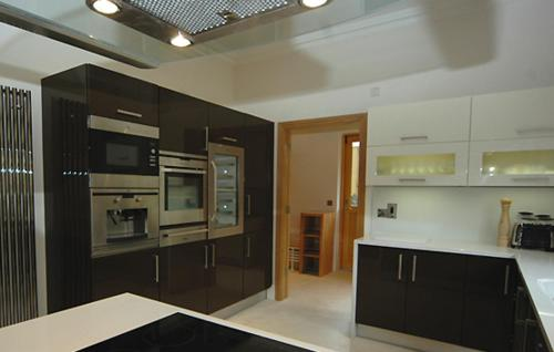 A kitchen or kitchenette at Fota Island Resort 3 Bed Courseside Lodges