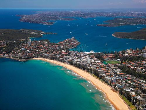 A bird's-eye view of Novotel Sydney Manly Pacific