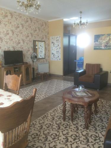 Гостиная зона в Апартаменты в Ессентуках