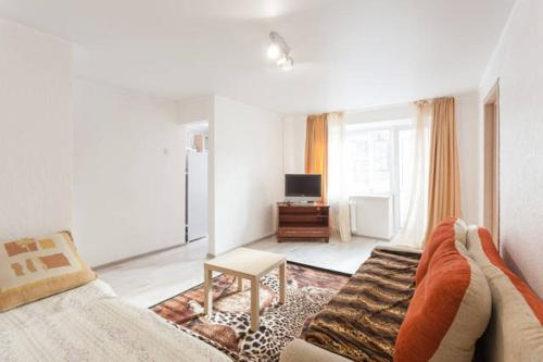A seating area at Apartments at Proletarskaya 19