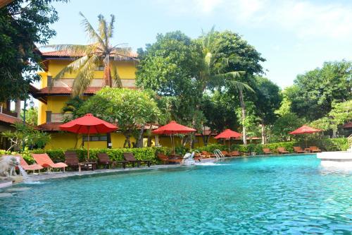 The swimming pool at or close to Melasti Beach Resort & Spa Legian