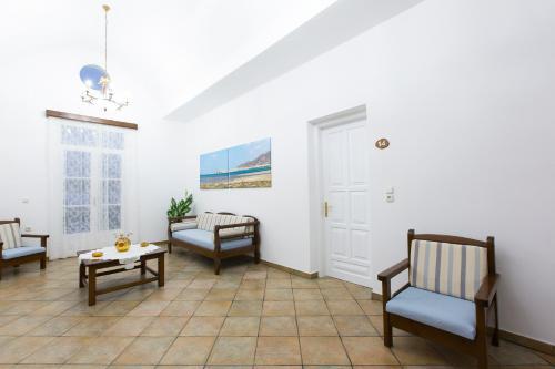 Χώρος καθιστικού στο Mylos Hotel