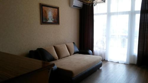 Гостиная зона в Kirova 30 Apartment