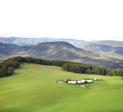 A bird's-eye view of Spicers Peak Lodge