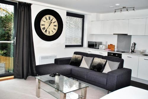 Accommodation Windsor Ltd - 15 Sheet Street Apartment