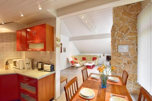 Kuchyň nebo kuchyňský kout v ubytování Apartment Ivka