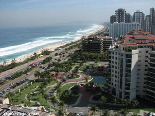 Uma vista aérea de Ocean Front Resort