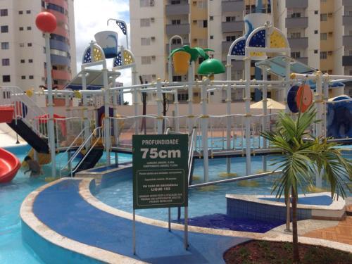 The swimming pool at or near Apartamentos Residenciais Riviera Park