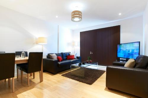 Watford Centre - Spacious Penthouse