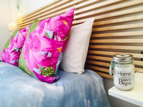 Cama o camas de una habitación en Axarquia Apartments