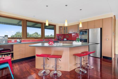 A kitchen or kitchenette at Gone Surfin