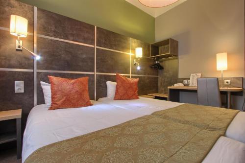 Timhotel Boulogne Rives de Seine Boulogne-Billancourt, France