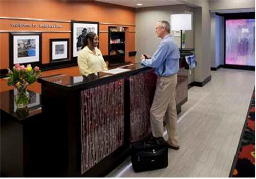 The lobby or reception area at Hampton Inn and Suites Marksville