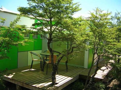 The swimming pool at or near Cabañas Ecobox Andino