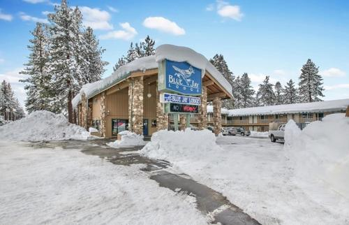 Blue Jay Lodge during the winter