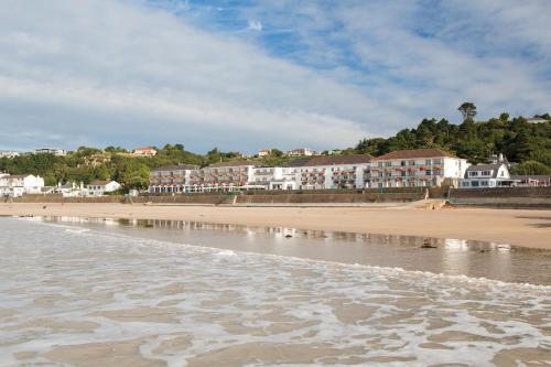 L�Horizon Beach Hotel & Spa