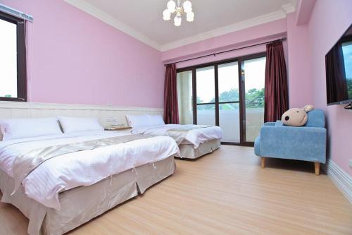 馬約卡民宿房間的床
