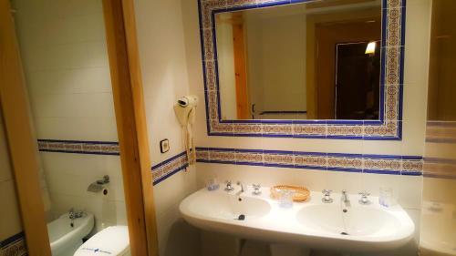 A bathroom at Hotel Salvador