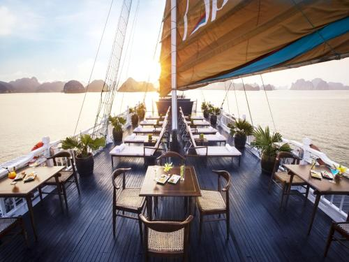 A restaurant or other place to eat at Aphrodite Cruise