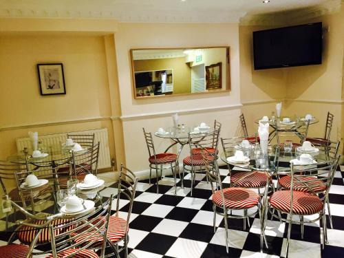 Ресторан / где поесть в Classic Hyde Park Hotel