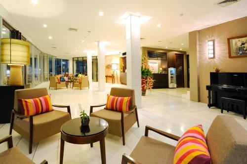 The lounge or bar area at Kasemsarn Hotel Chanthaburi