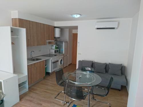 A kitchen or kitchenette at Cinque Terre Apartments