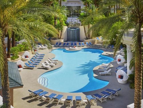 拉斯維加斯四季酒店游泳池或附近泳池的景觀