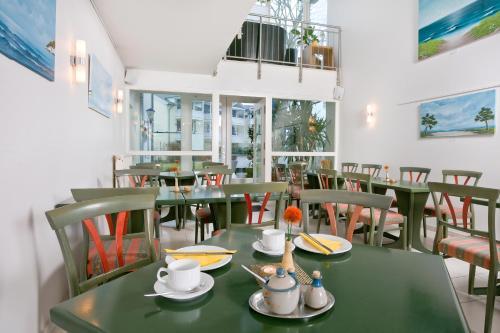 Ein Restaurant oder anderes Speiselokal in der Unterkunft Haus Svantekahs
