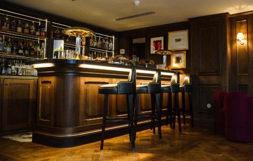 The lounge or bar area at Mimi's Hotel Soho