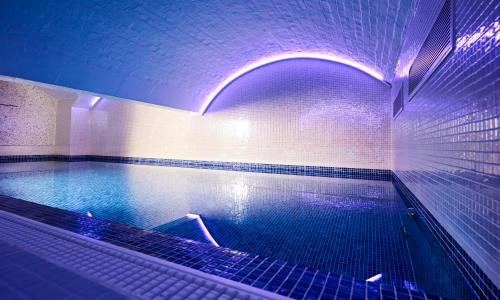 The swimming pool at or close to Bristol Harbour Hotel & Spa