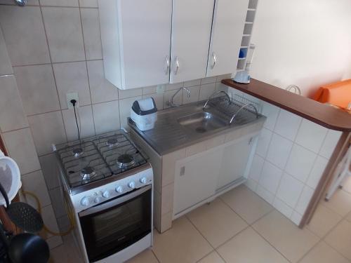 Una cocina o zona de cocina en Residencial Canto Norte