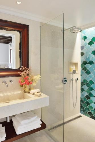 Ein Badezimmer in der Unterkunft Cal Reiet Holistic Retreat