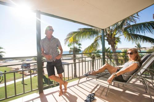 Guests staying at Ningaloo Reef Resort