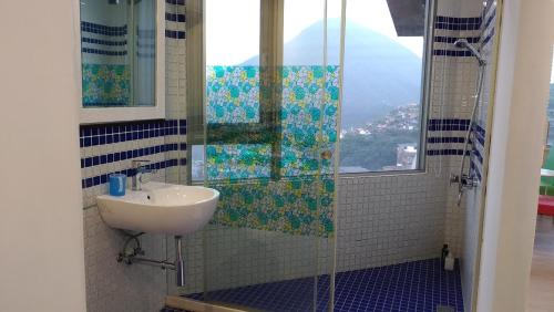 A bathroom at Good Time B&B