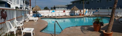 A view of the pool at Beach Bum Motel - Ocean City or nearby
