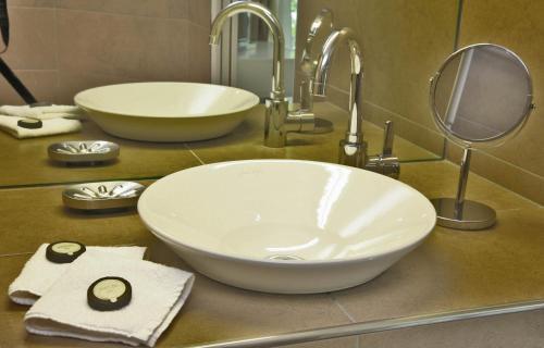 A bathroom at Le Porche de Sarlat