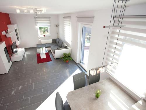Ein Sitzbereich in der Unterkunft Modern apartment with private roof terrace in Bad Tabarz, in Thuringia