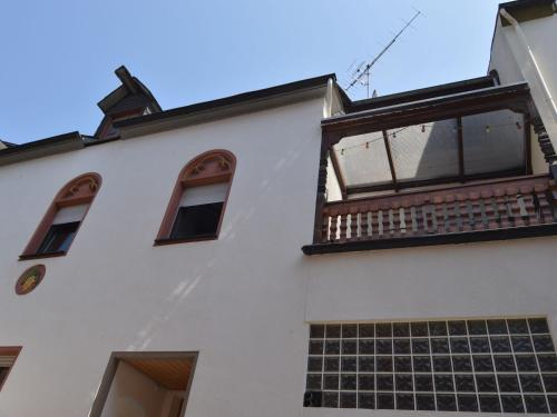 Attractive Apartment in Zell near River