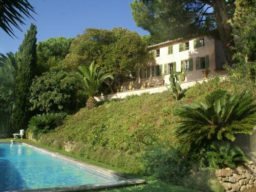 The swimming pool at or near Villa - CANNES