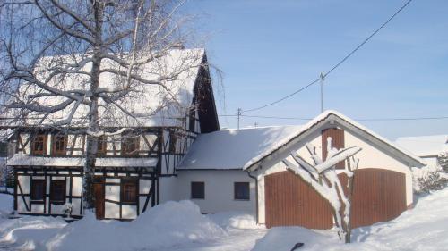 Ferienhaus Schmitt im Winter