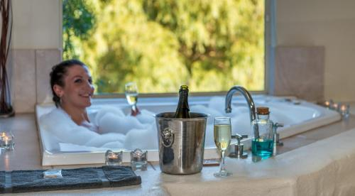 Drinks at Chimes Spa Retreat