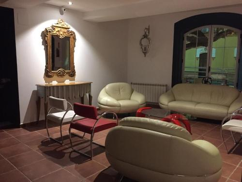 A seating area at Hotel Rural Eloy