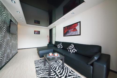 Гостиная зона в PaulMarie Apartments on Zaslonova 4