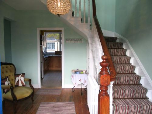 The lobby or reception area at Innish Beg Cottages